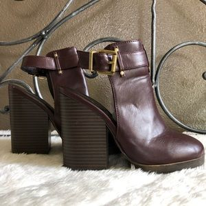 High Heeled Boots Open Ankle Strapped (6.5)